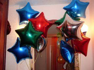 Стильные фольгированные шары на выписку из роддома шариками недорого