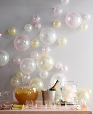 Тематическое оформление интерьера на новый год воздушными шариками