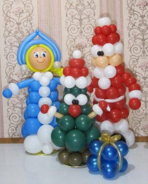 Необычная новогодняя композиция воздушными шарами в Москве