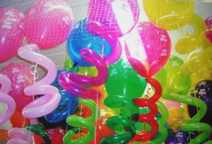 Купить шары на новый год оригинальные в Москве