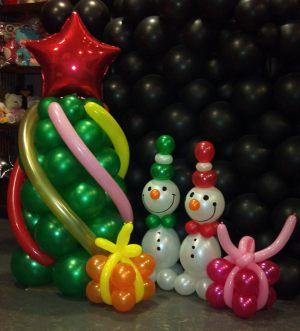 Оригинальное оформление новогоднего праздника шарами недорого