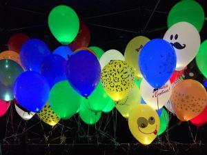Бюджетные светящиеся шары на новый год срочно
