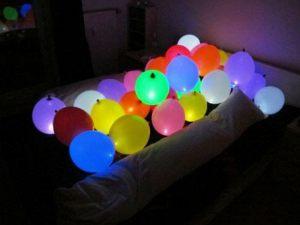 Интересные светящиеся шары на новый год недорого