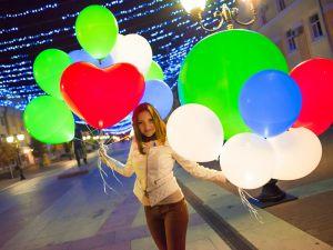 Интересные светящиеся шары на новый год
