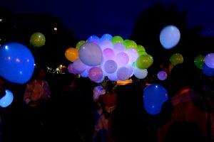Оригинальные светящиеся шары на новый год срочно