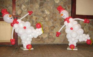 Недорогой снеговик из шаров на новый год шарами срочно