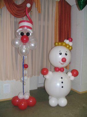 Бюджетный снеговик из шаров на новый год воздушными шарами срочно