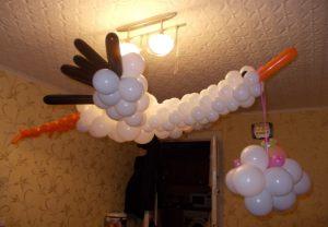 Недорогое Украшение комнаты на выписку из роддома срочно