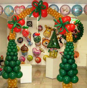 Современная елка из шаров на новый год шарами срочно