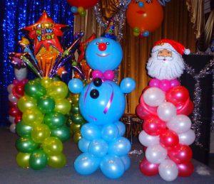 Современное оформление офиса на новый год воздушными шариками срочно