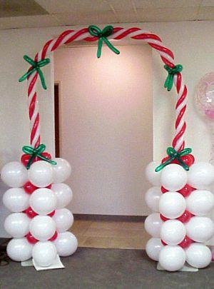 Оригинальное оформление офиса на новый год шарами в Москве