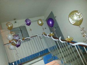 Красивое оформление подъезда на день рождения воздушными шарами